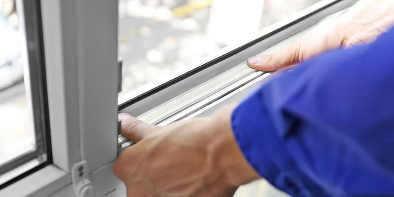Fitting uPVC windows